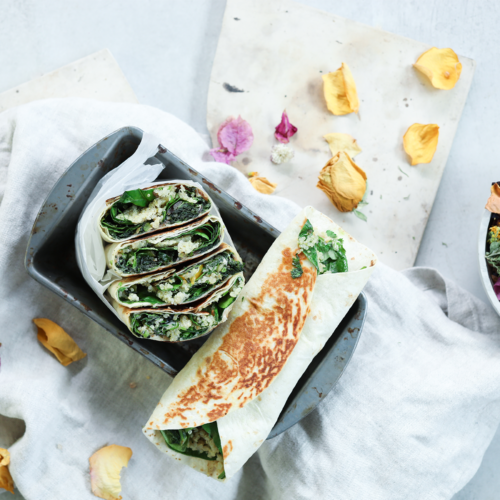 Fried Kale, Quinoa & Chili – Wrap with Honey Vegenaise